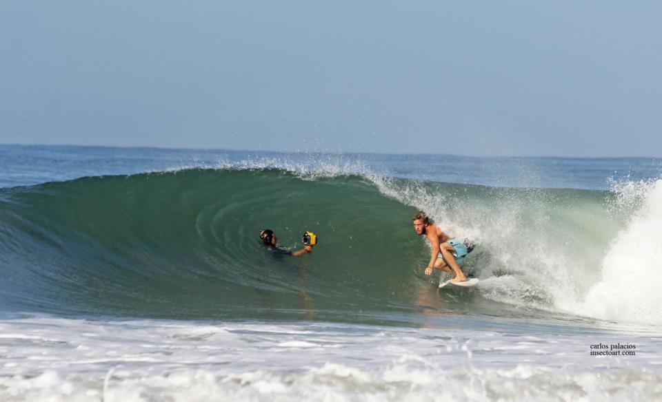 Barreling Wave Santa Teresa Costa Rica